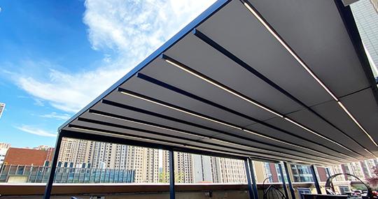 折叠天幕与遮雨篷的辨别